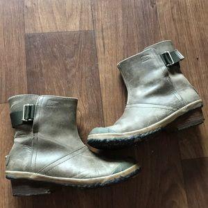 Sorel Leather Waterproof Boots sz 9
